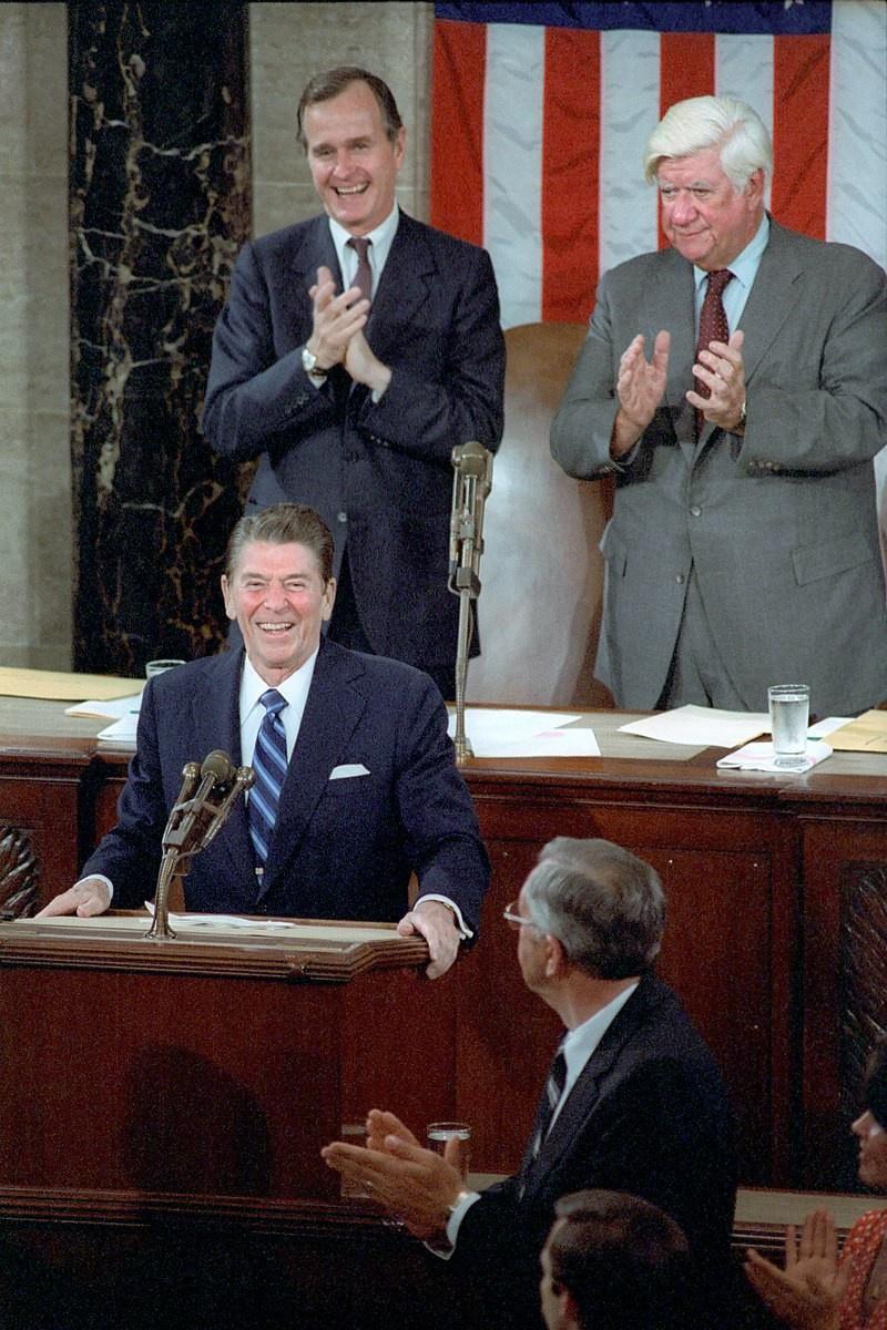 Россию ещё во времена Рейгана записали в «империю зла».
