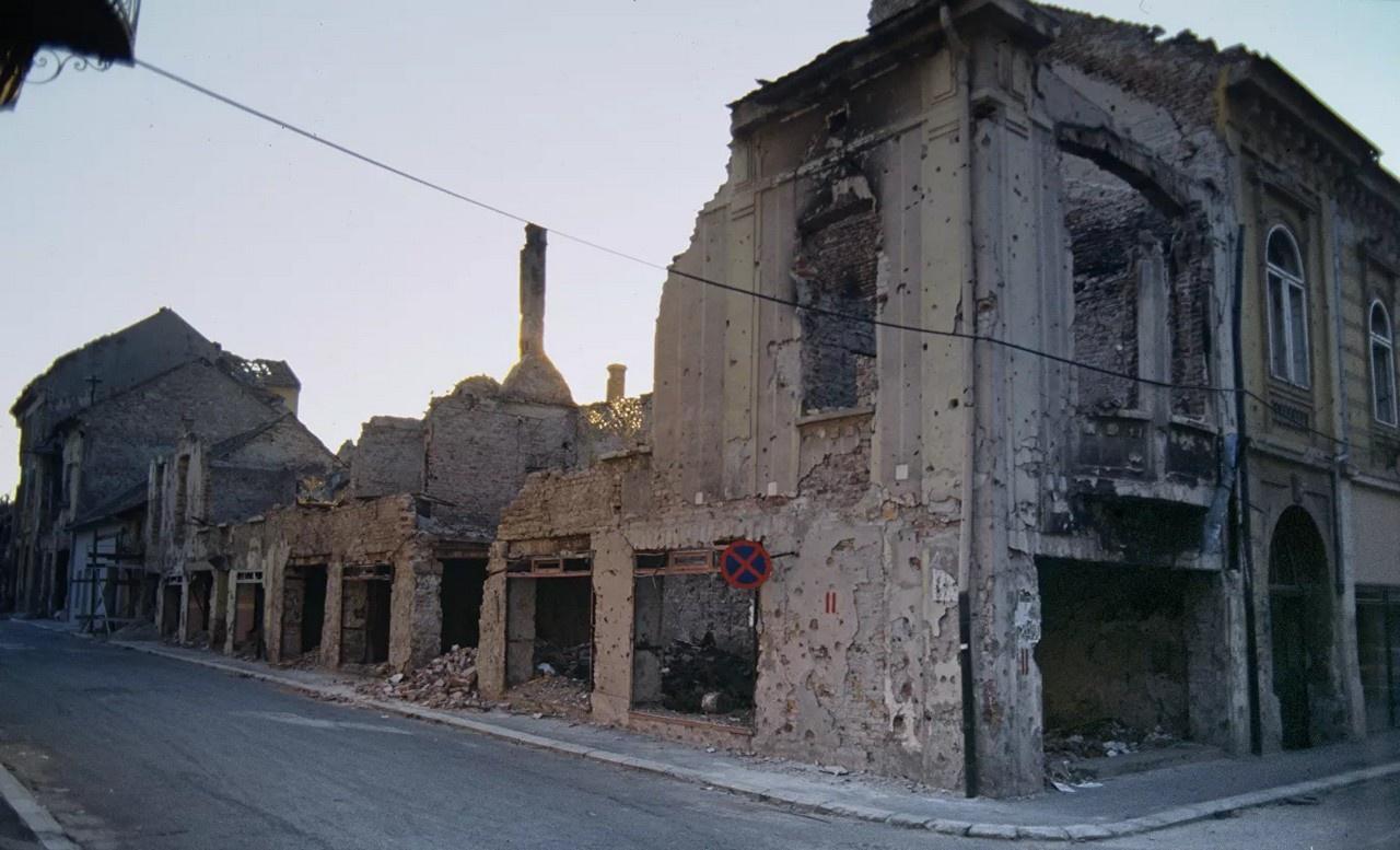 Силовое отторжение Косово от Сербии стало прецедентом передела границ в Европе.