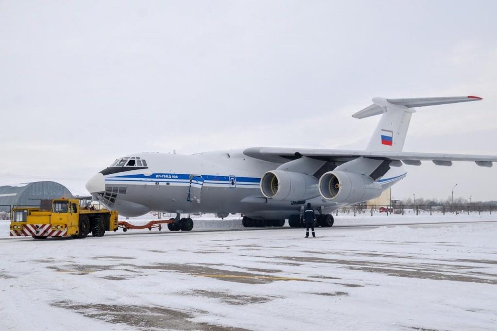 Самолёт Ил-76МД-90А может эксплуатироваться в жёстких климатических условиях при экстремально низких и высоких температурных режимах.