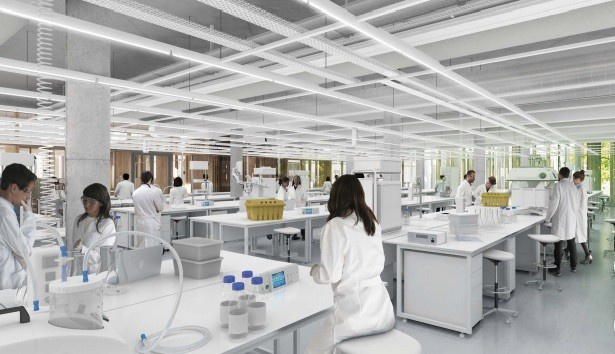 В своём пресс-релизе AstraZeneca утверждает, что при испытаниях «не было обнаружено повышенного риска тромбоза или событий, характеризующихся тромбозом, среди 21.583 участников, получивших хотя бы одну дозу вакцины».