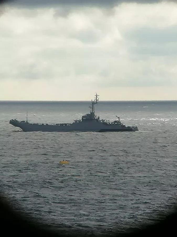 Военный корабль в зоне прокладки трубопровода «Северный поток-2».