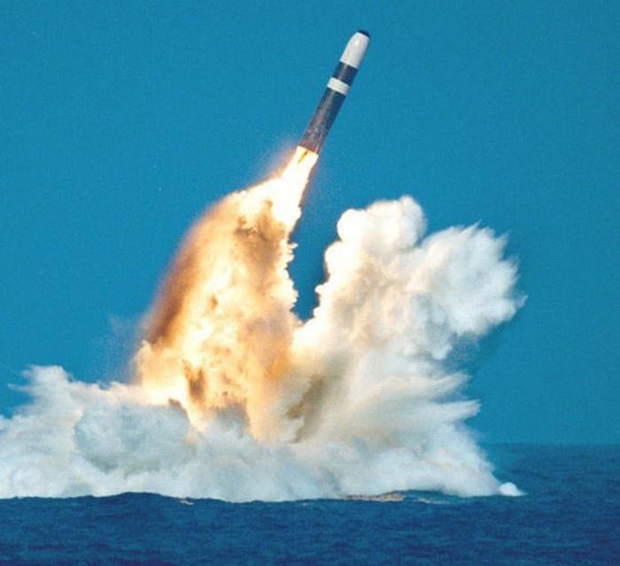 В 2016 году парламент проголосовал за модернизацию ядерной системы Trident.