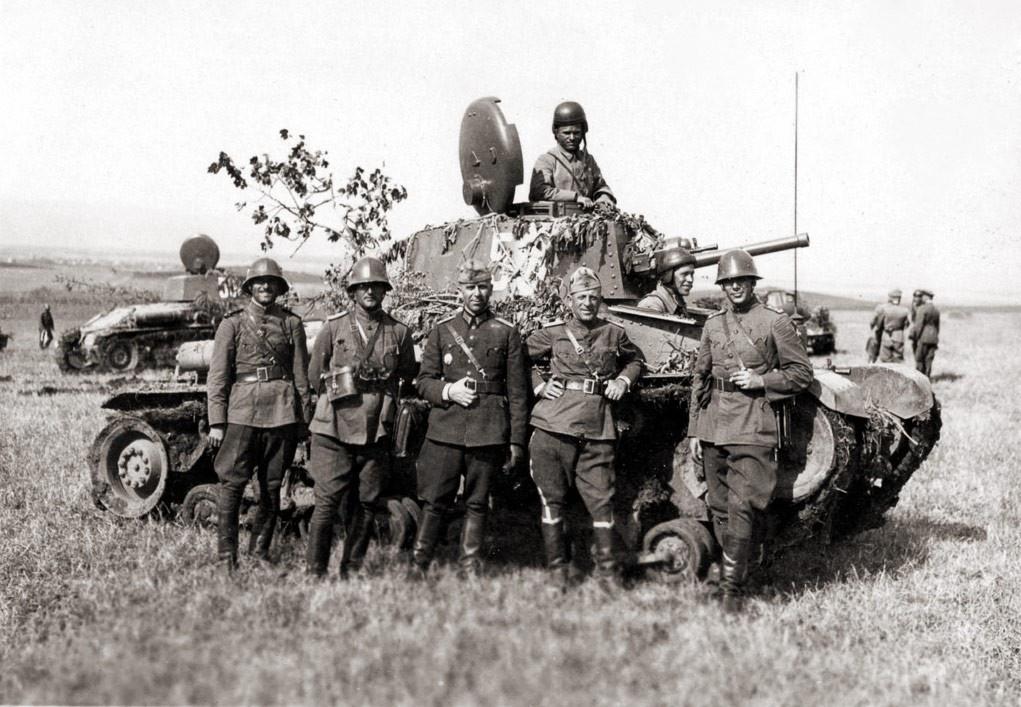 В Первую мировую София оказалась союзником Берлина, а во Вторую мировую служила нацистам.