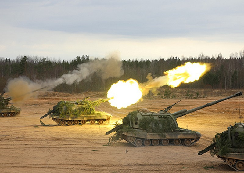 В Воронежской области артиллеристы общевойсковой армии ЗВО выполнили боевые стрельбы по малоразмерным целям.