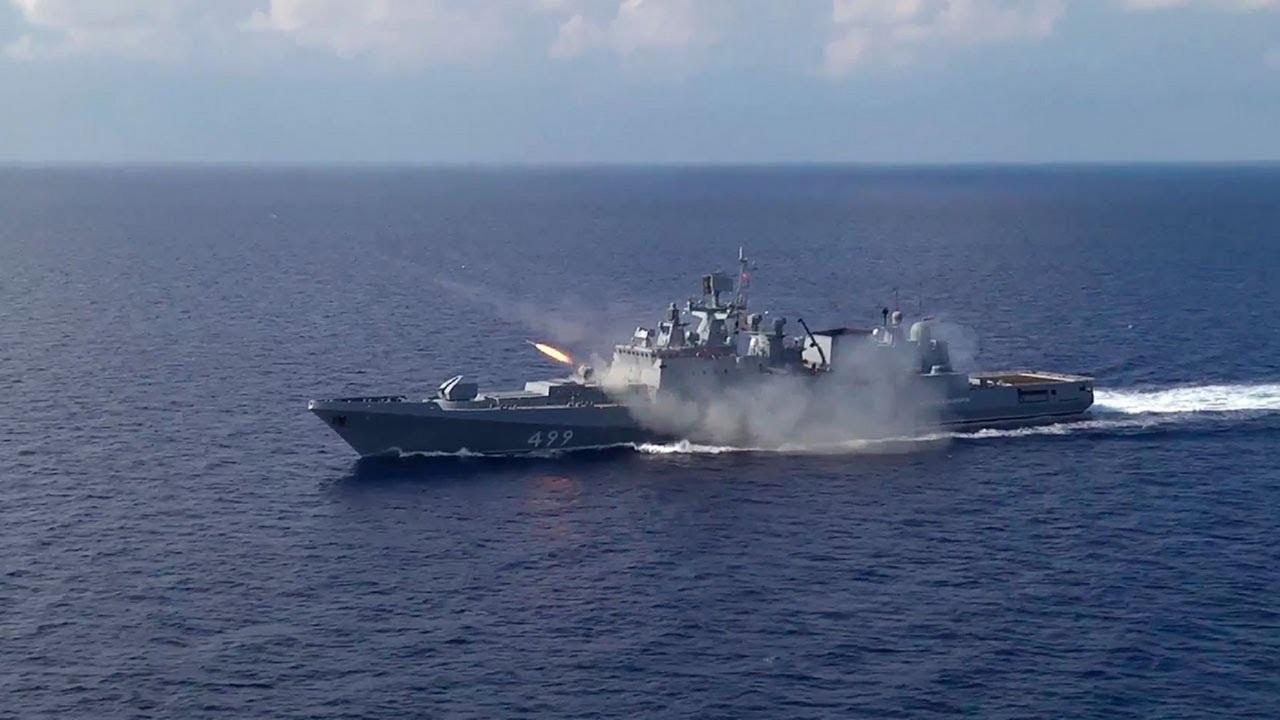Фрегат «Адмирал Макаров».