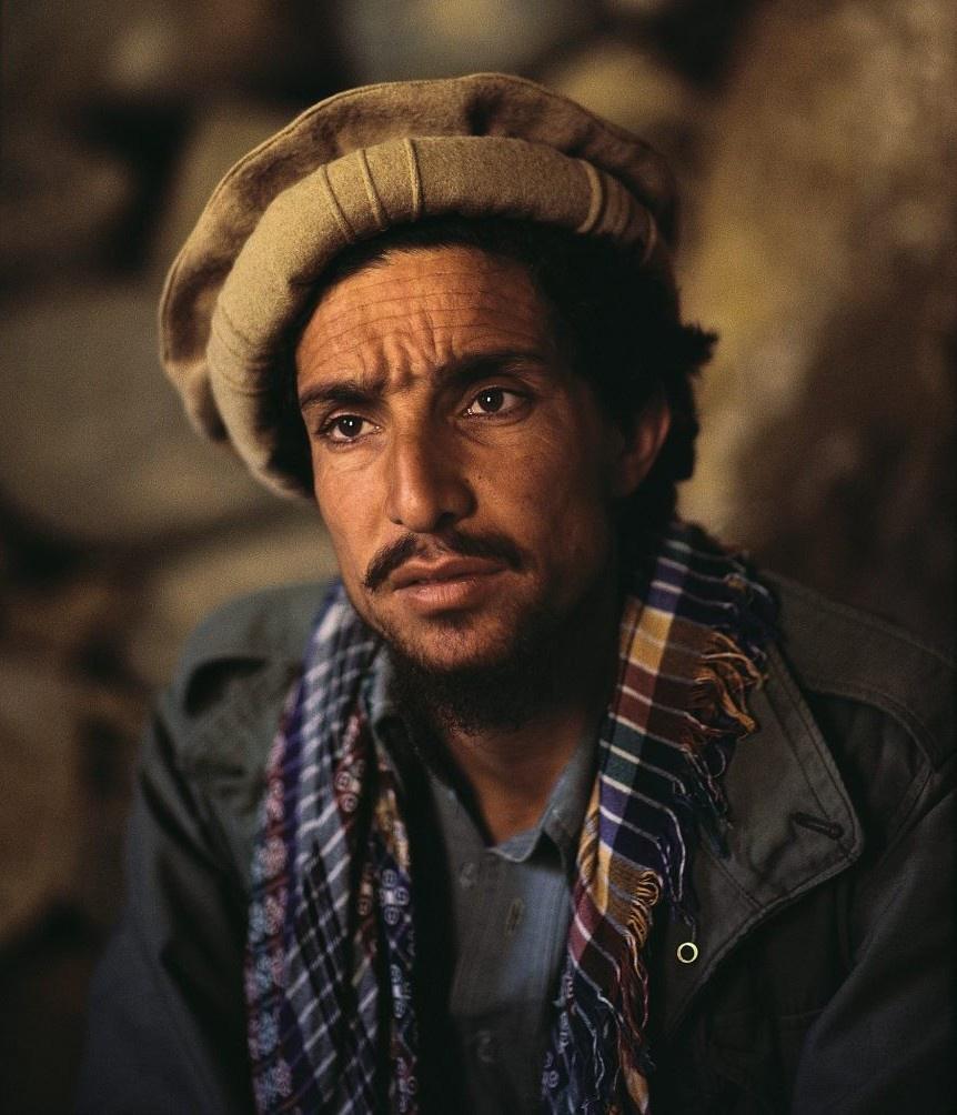 В районе Панджшерского ущелья один из главарей оппозиции - небезызвестный Ахмад Шах Масуд - проводил сбор со всем своим руководством и полевыми командирами.