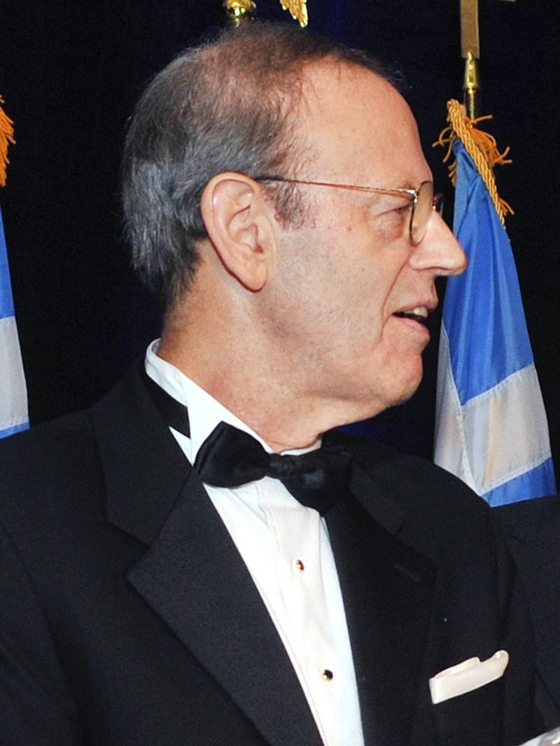 Председатель «Национального фонда в поддержку демократии» Карл Гершман признал, что фонд создан, чтобы избежать и прикрыть прямое финансирование от ЦРУ.
