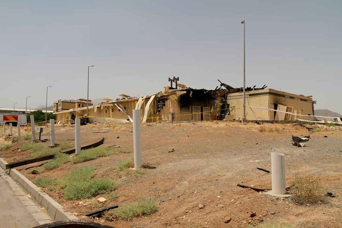 11 апреля на иранском атомном объекте «Шахид Ахмади Рошан» в Натанзе произошла авария.