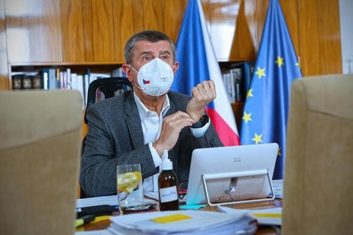 В Праге посетовали на чрезмерно жёсткий ответ Москвы, а премьер Бабиш вдруг заявил, что никакого нападения на Чехию со стороны России на самом деле не было, да и не терроризм это никакой вовсе.