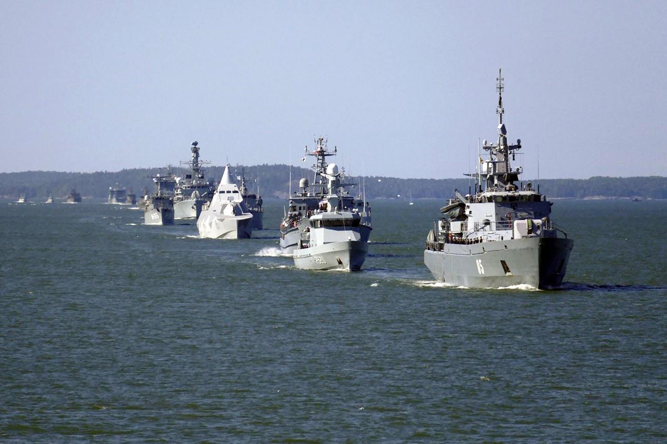 Финская армия участвует в деятельности так называемых Объединённых экспедиционных сил, которые формируются по инициативе НАТО с 2014 года.