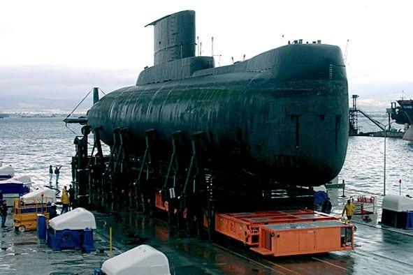 Подлодка KRI Nanggala 402 в 2009 г. прибыла на капремонт в Южную Корею.