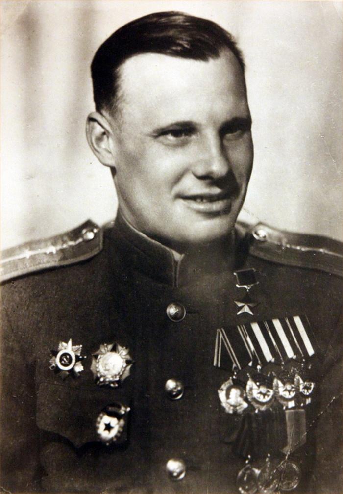 Участник Парада Победы Н.Н. Кирток.