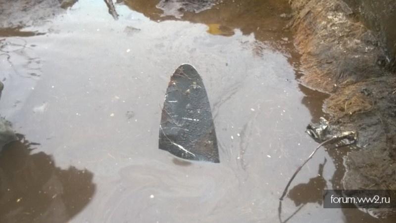 В болоте Большое был обнаружен и извлечён из глубокой трясины самолёт Як-7Б.