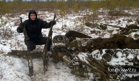В феврале 2016 года поисковики работали в труднодоступном районе урочища Коровий Хребет в Ленинградской области.