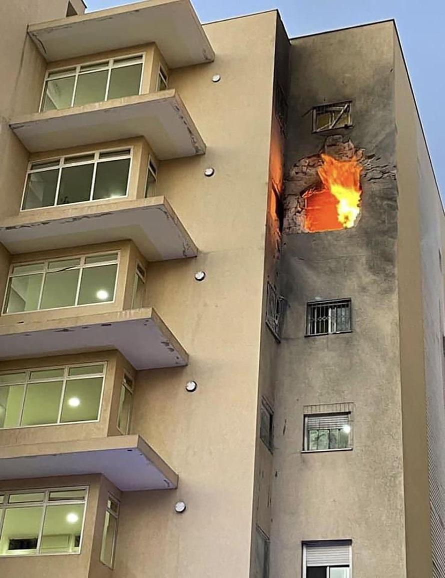 Палестинская ракета попала в жилое здание, погиб шестилетний ребёнок.