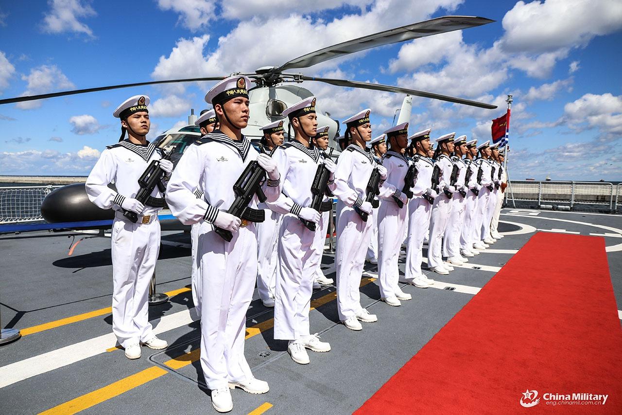 По состоянию на 2020 год численность китайской армии достигла отметки в 2,3 миллиона человек.
