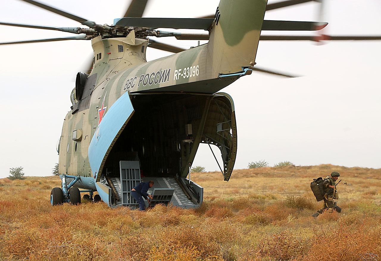 У винтокрылой пехоты - мощные транспортники.