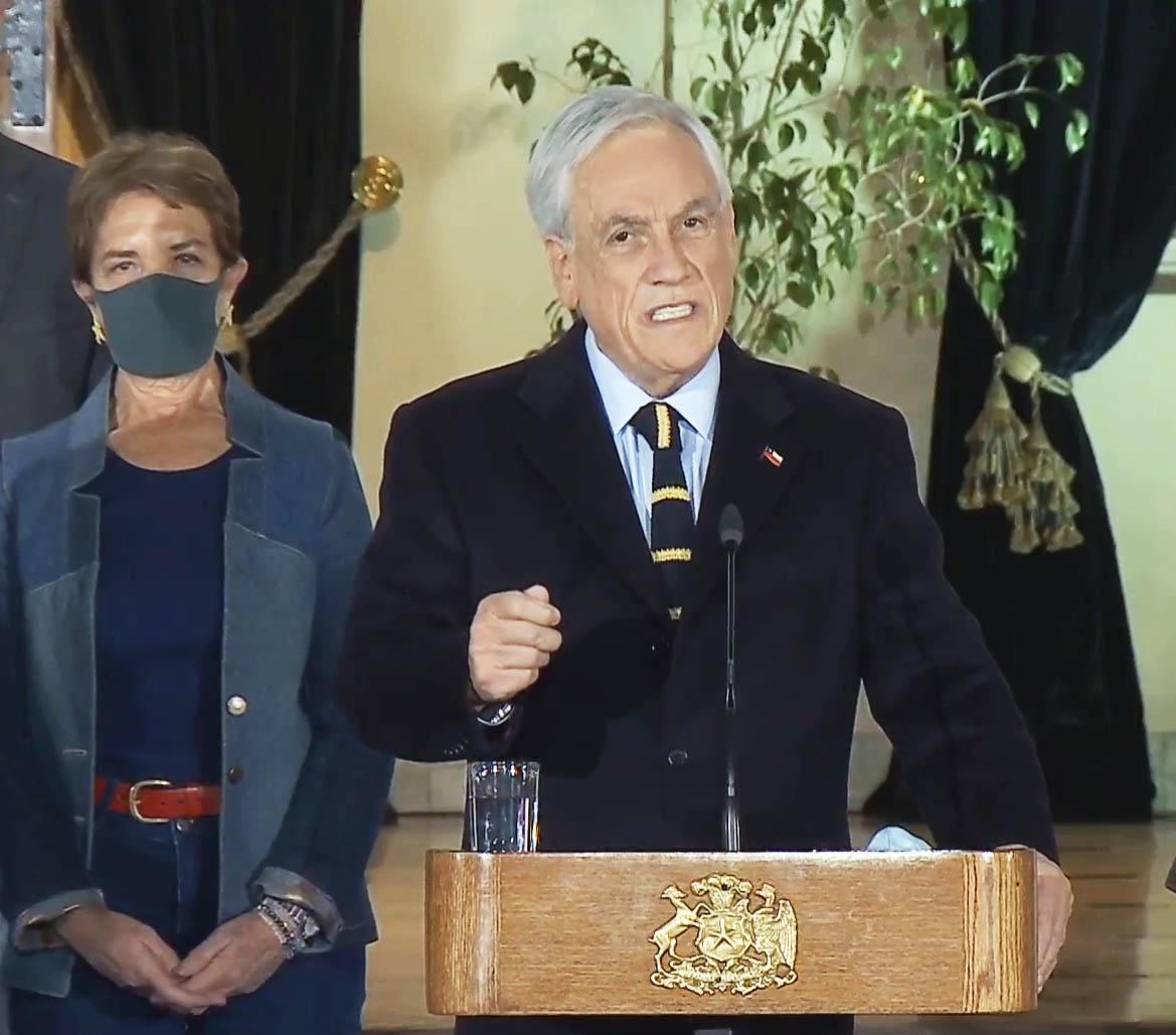 Большинство чилийцев не поддерживает президента-миллиардера Себастьяна Пиньеру, а значит, и действующую социально-экономическую модель страны.