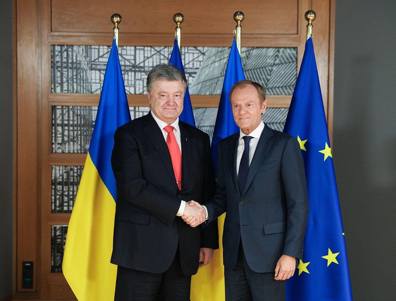 Порошенко хорошо разбирался в политике и понимал, чего хотел Запад и почему он убрал Януковича.