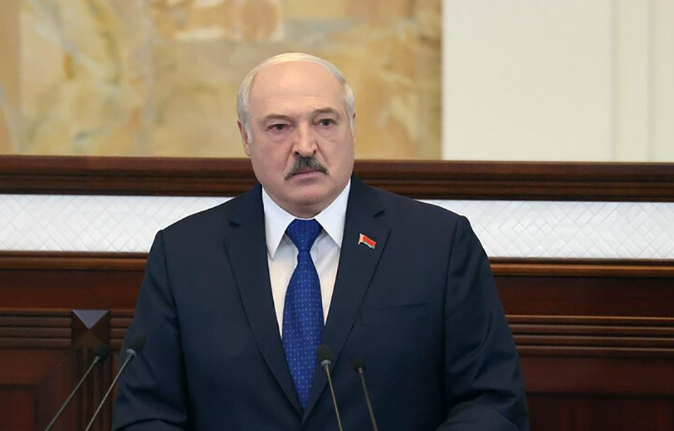 Александр Лукашенко уверяет, что создатель Telegram-канала NEXTA в буквальном смысле свалился ему в руки с небес...
