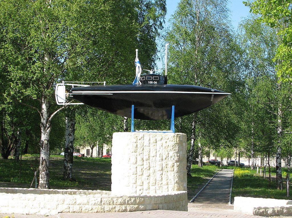 Точная копия подлодки Джевецкого, испытания которой прошли на Серебряном озере в Гатчине.