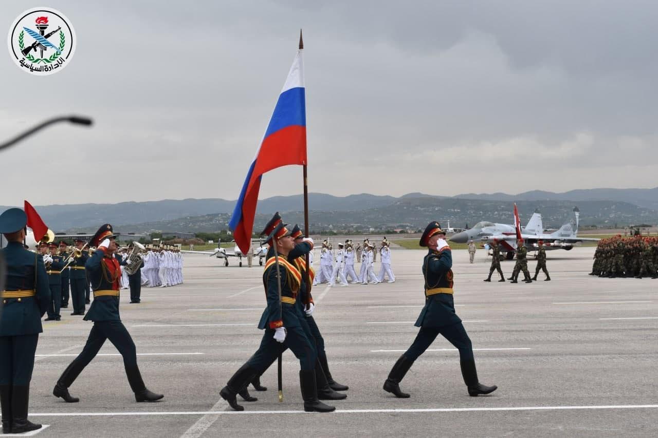 Парад российских военных на на авиабазе Хмеймим в Сирии.