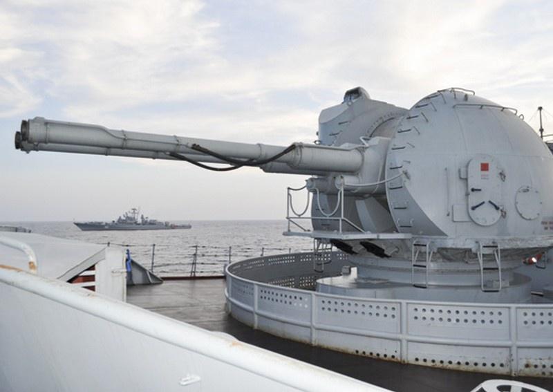 В Новороссийской военно-морской базе проведено учение по прикрытию пункта базирования от авиаудара условного противника.