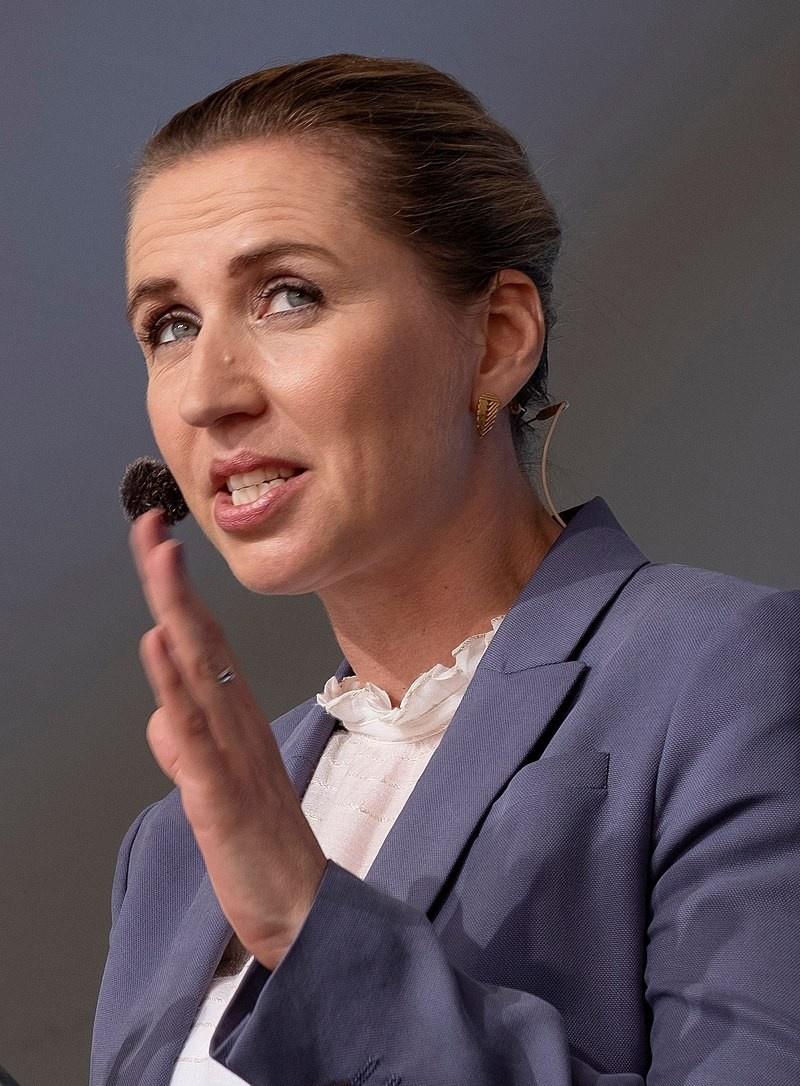 Премьер Дании Метте Фредериксен от социал-демократов осталась верной одной из самых жёстких антимиграционных практик в Европе.