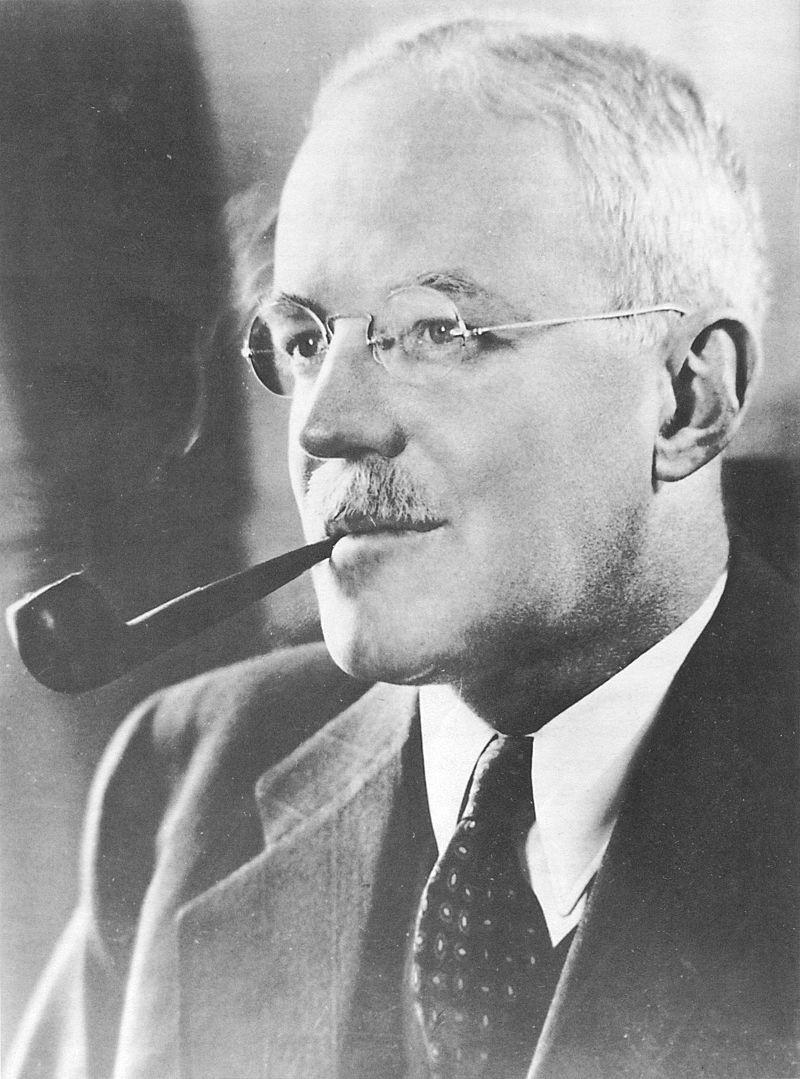 Шеф ЦРУ Аллен Даллес уважал Гитлера и ненавидел Россию.