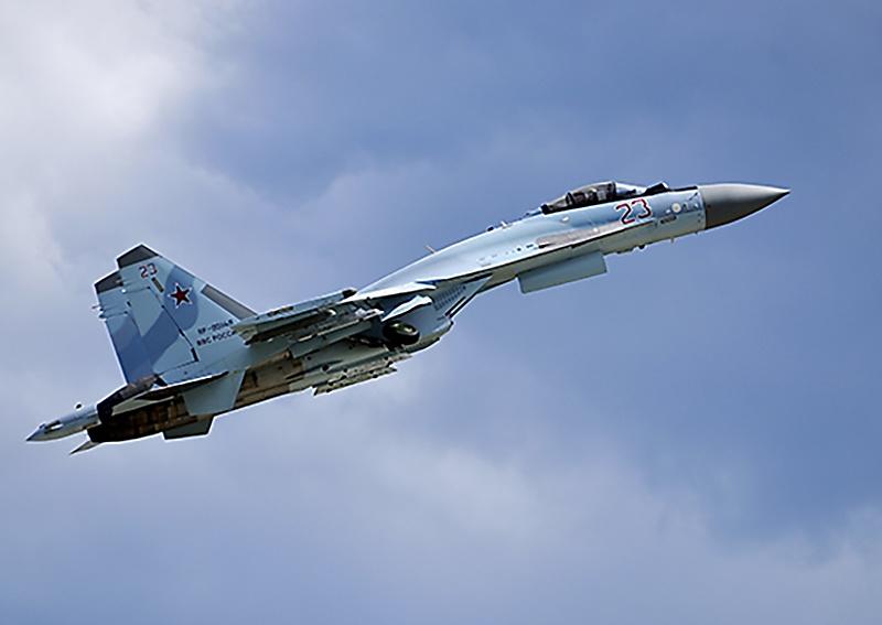 Лётно-тактическое учение с экипажами истребителей-бомбардировщиков Су-34.