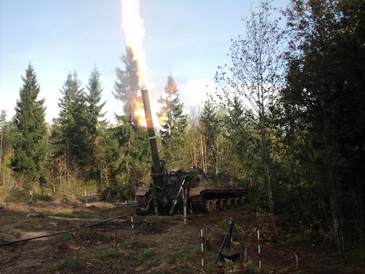 Гаубица - самое эффективное оружие при штурме железобетонных укреплений и в уличных городских боях.