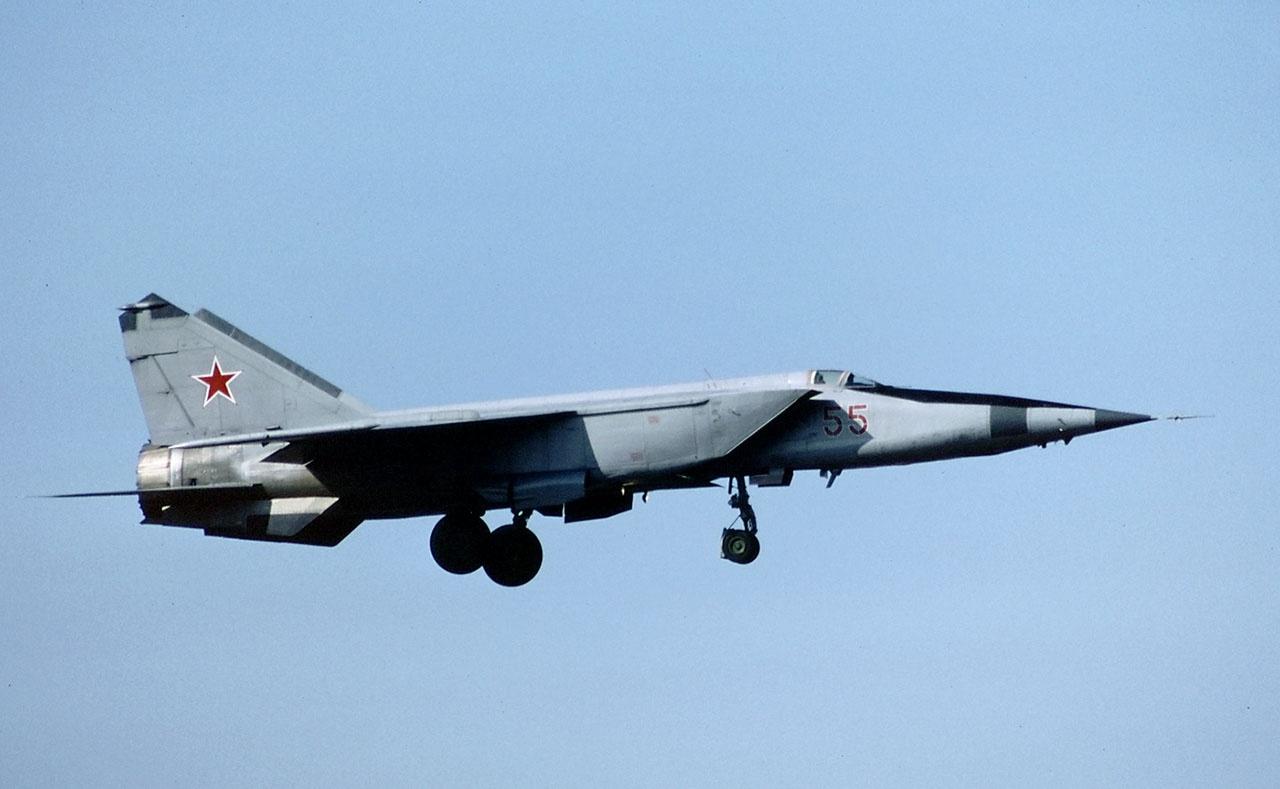 На Миг-25 было установлено 25 мировых рекордов скорости, высоты и скороподъёмности.