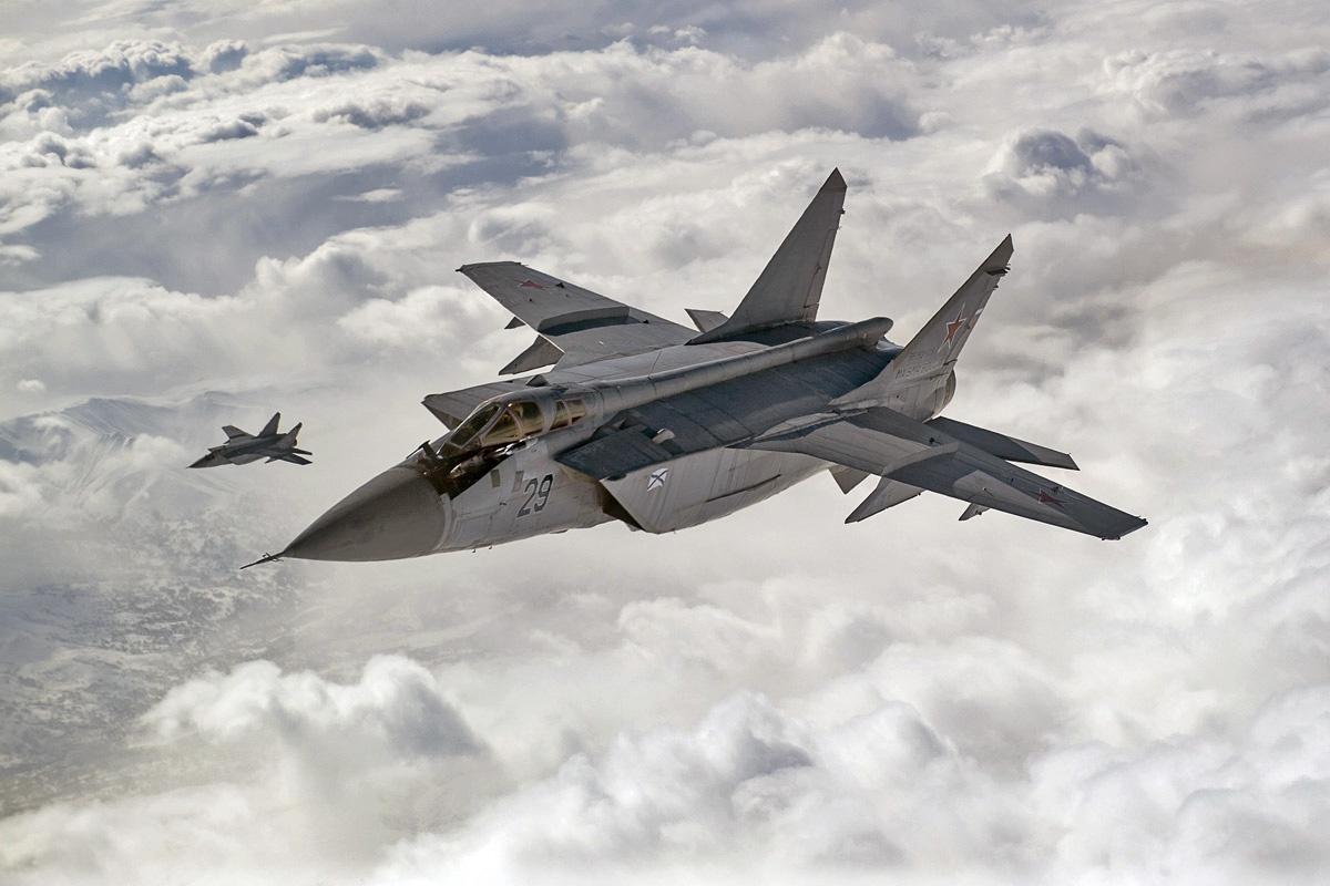МиГ-25МП в 1991 году был переименован в МиГ-31.