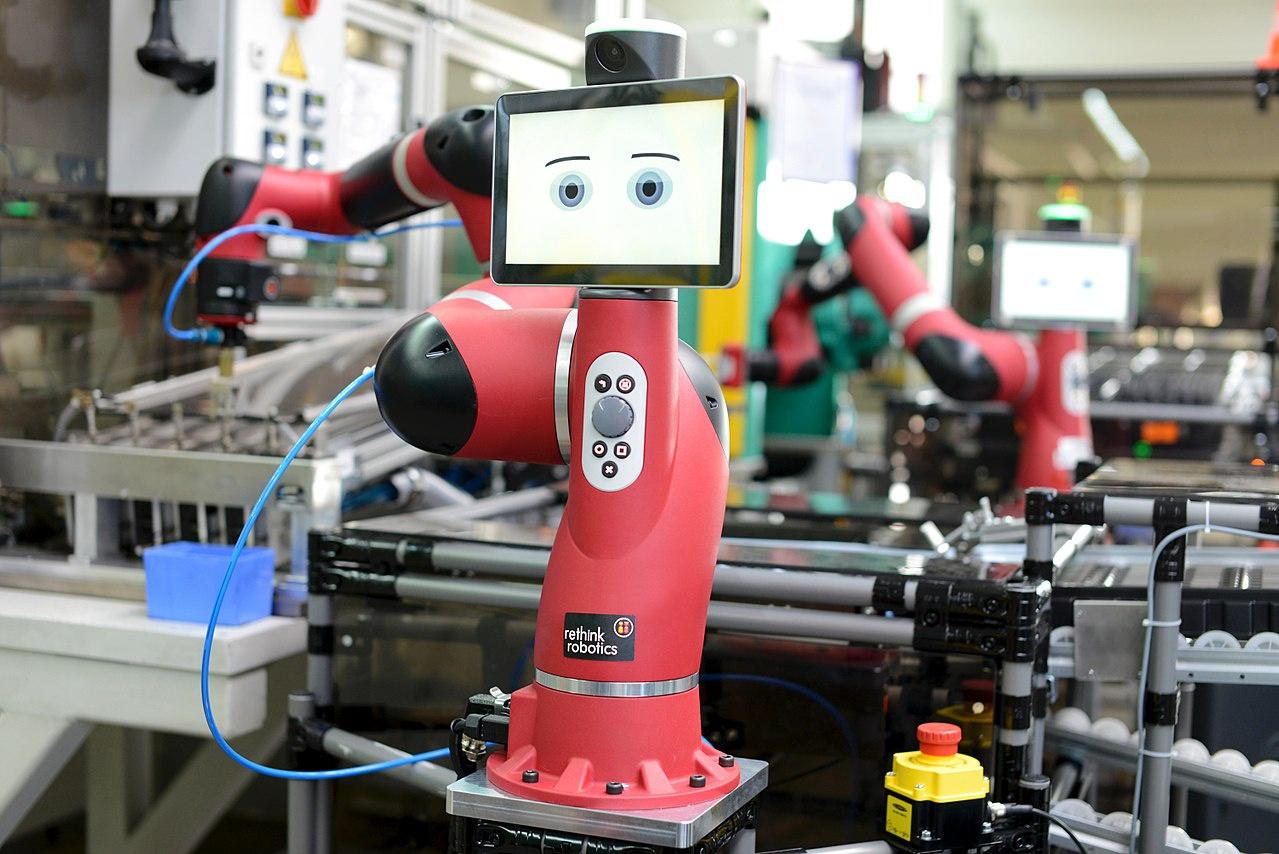 Замена людей машинами грозит массовой безработицей.