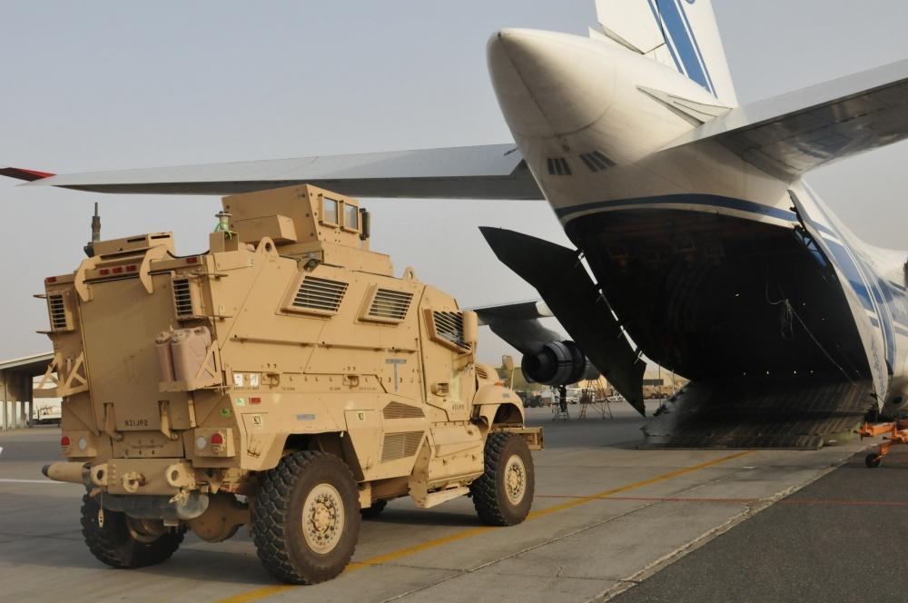 США и НАТО выводят свои подразделения из Афганистана.
