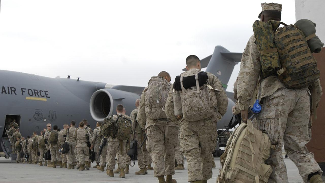 Военным инструментом этого глобального «элитарного» клуба должны быть вооружённые силы США, но они оказались недееспособными в качестве глобального инструмента реализации политики глобалистов.