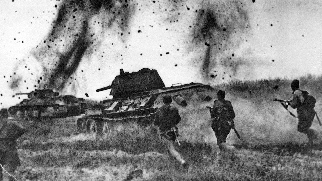Демократия VS тоталитаризм: опыт вооружённого противостояния