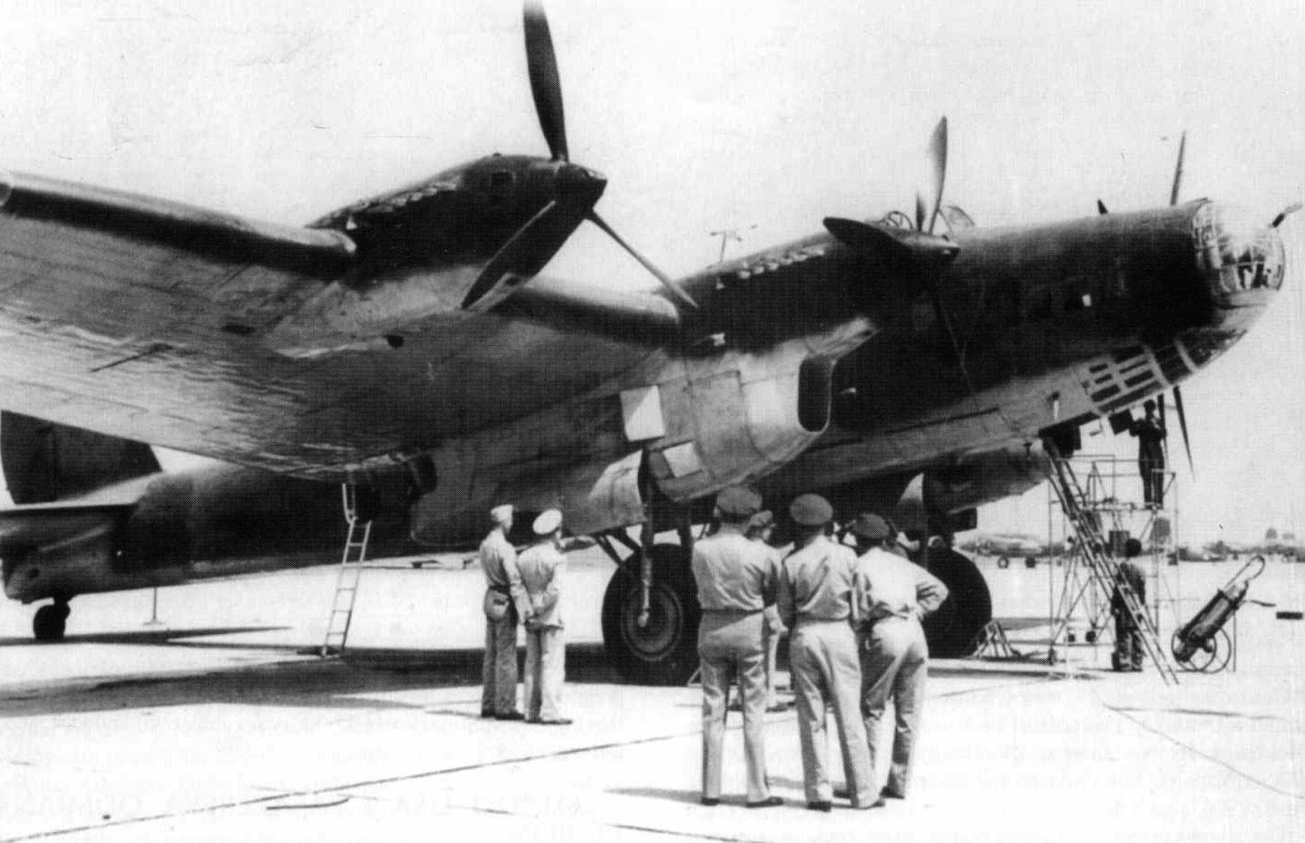 29 мая 1942 года Пе-8 доставил в Вашингтон для переговоров делегацию во главе с наркомом иностранных дел В.М. Молотовым.