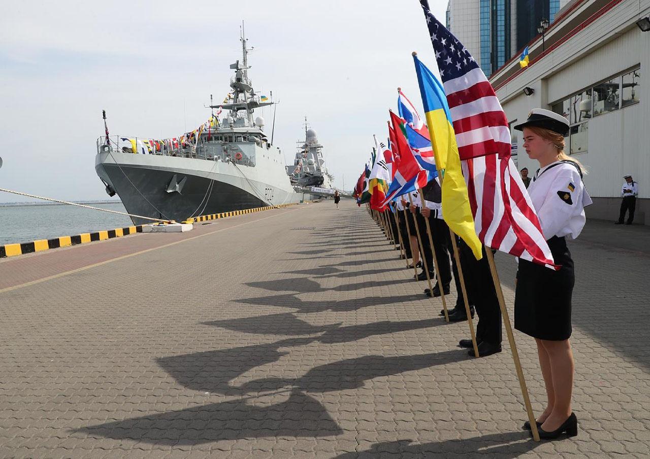 В Чёрном море с 28 июня по 10 июля проходили военные учения НАТО и партнёров альянса Sea Breeze-2021.
