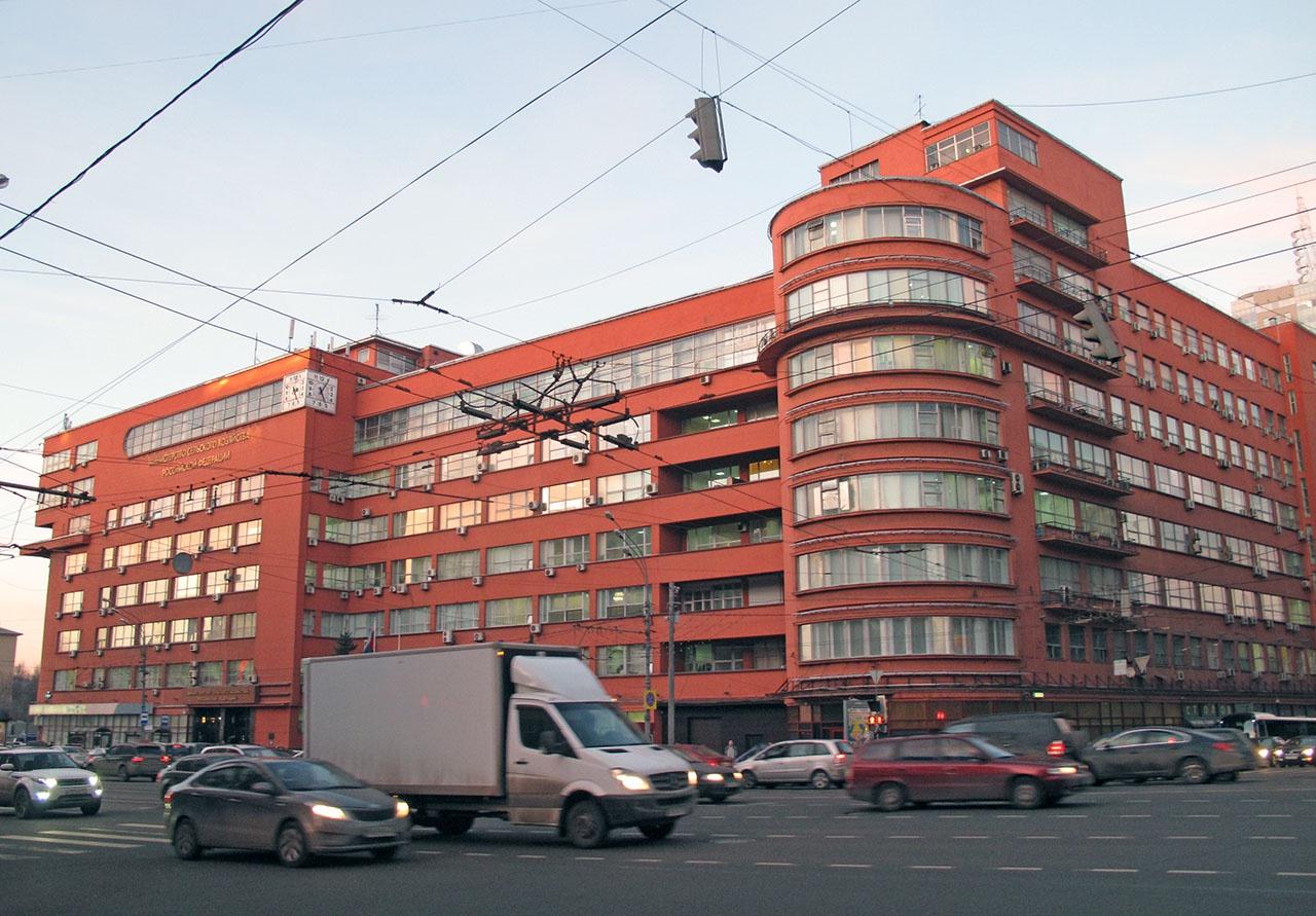 Минсельхоз России безуспешно пытался внести положения, ограничивающие возможности продавцов задирать цены до небес.