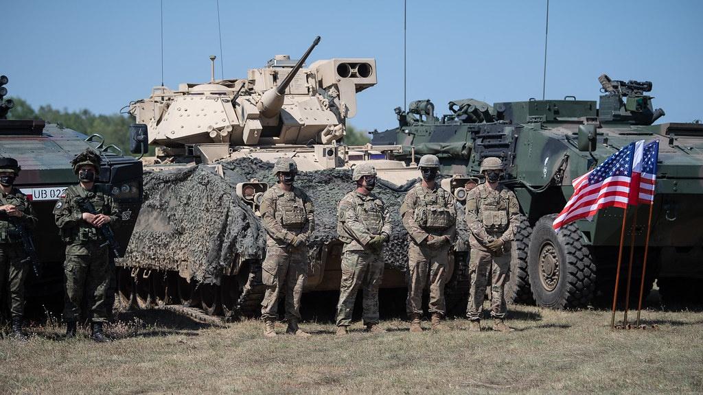 США и Польша подписали договор, позволяющий увеличить постоянное американское ротационное присутствие в Польше.