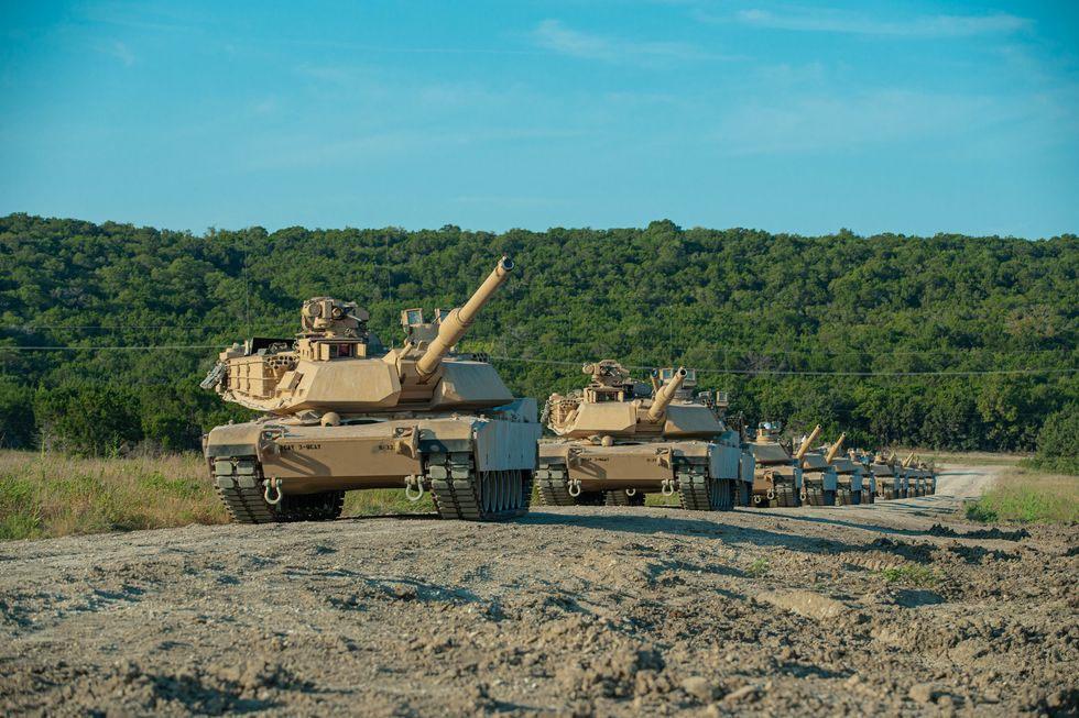Варшава приобретает боевые тяжёлые танки последней модификации - М1А2 SEP v3, которую завод в Лайме начал выпускать в 2015 году.