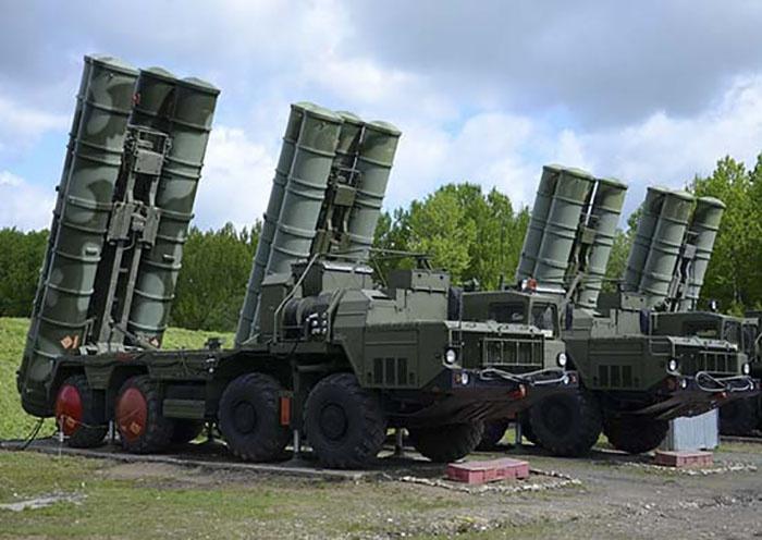 Массированный ракетный удар «агрессора» зенитчики-ракетчики отразили успешно.