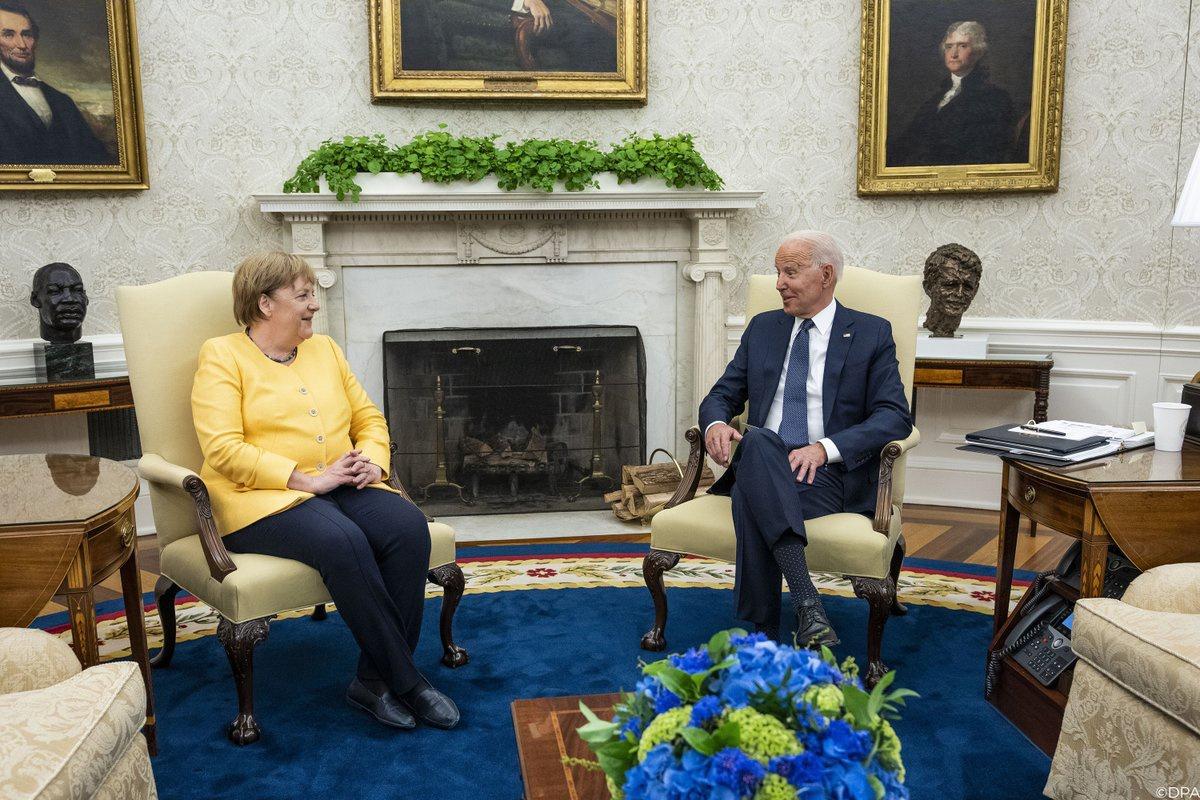 Байден с Меркель все решения по Украине приняли без Украины.