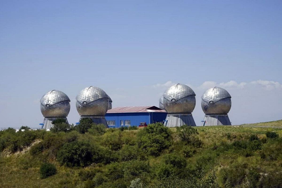 Оптико-электронный комплекс «Окно» Воздушно-космических сил РФ неподалёку от города Нурек.