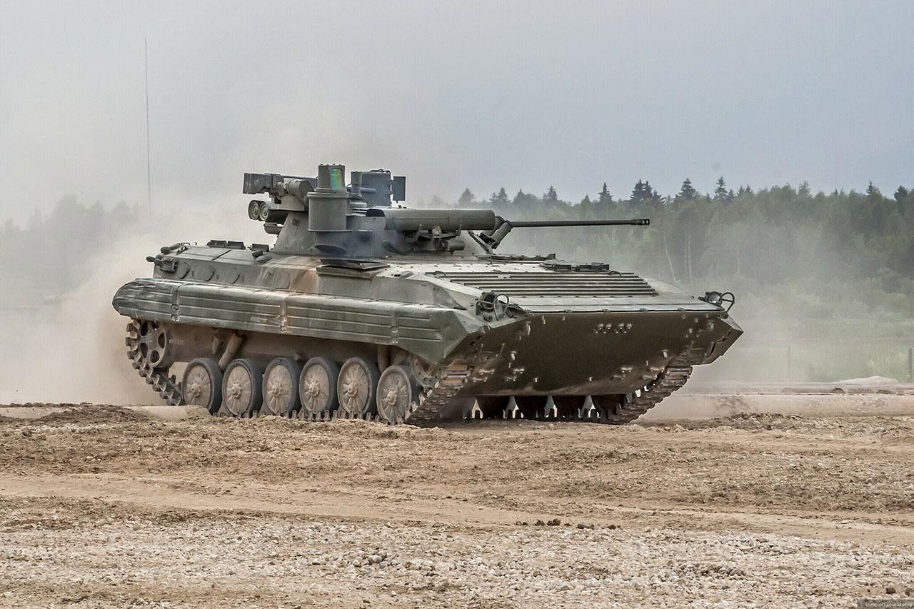 БМП-2М предназначена для транспортировки военнослужащих к переднему краю, повышения их мобильности, вооружённости и защищённости.