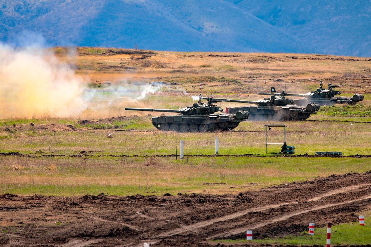 Танкисты 76-й ДШД заняли первое место в конкурсе «Танковый взвод».