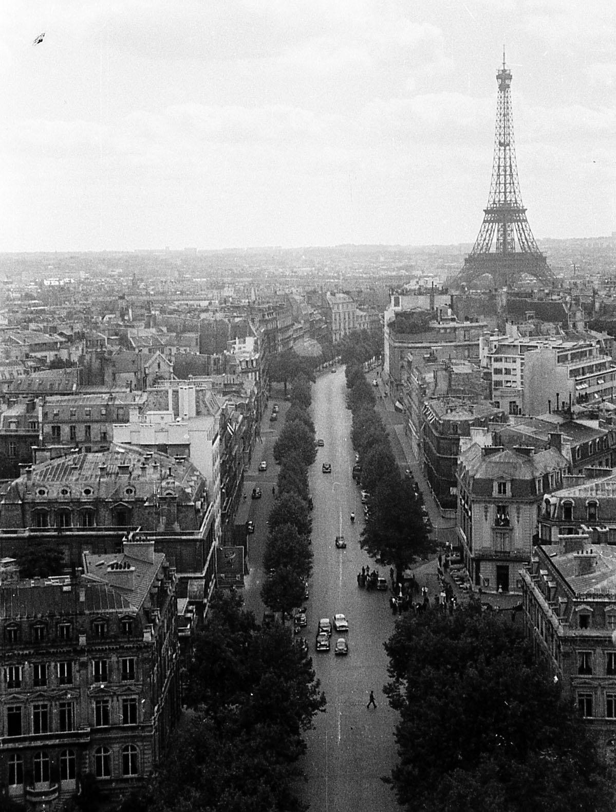 22 августа 1965 года из Парижа неожиданно пришло сообщение, в котором говорилось, что Бернар тяжело болен.