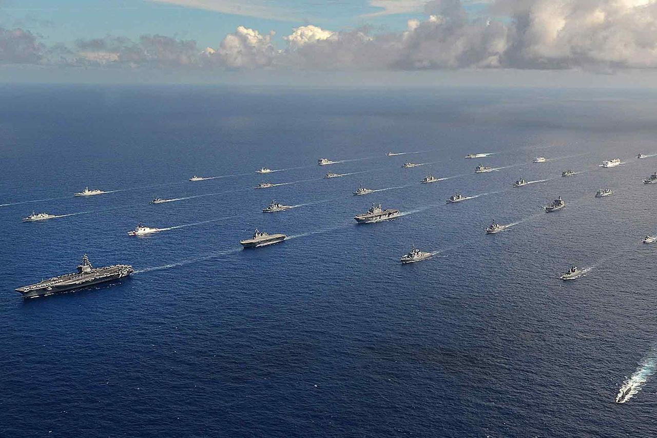 В ходе крупномасштабных учений Пентагон оценит возможности флота по ведению боевых действий на больших океанских пространствах.