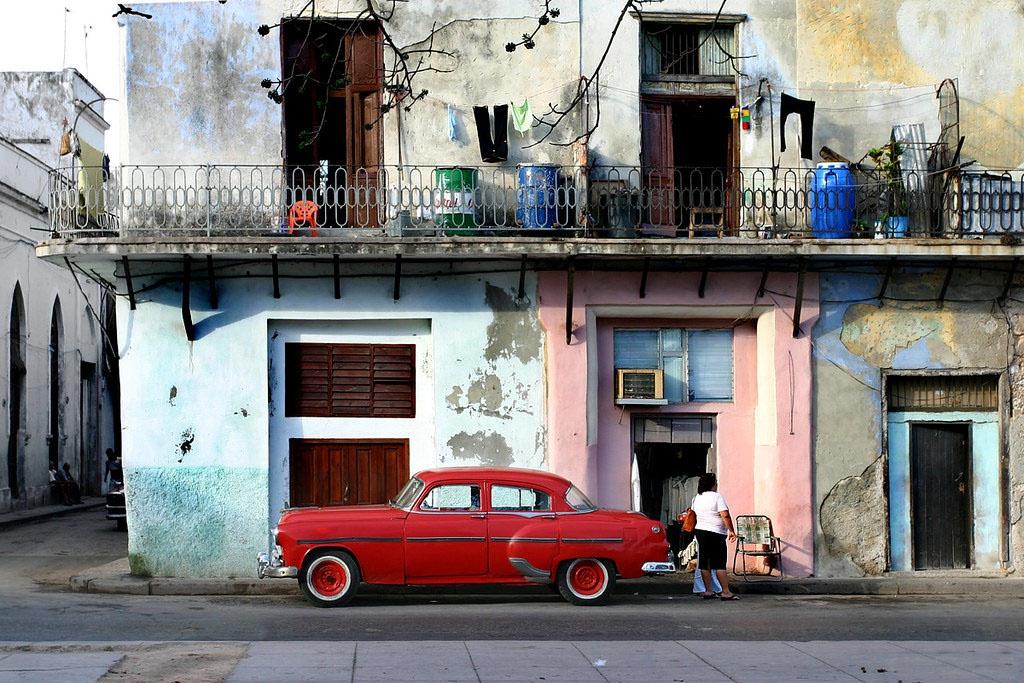 Сегодня кубинцы живут крайне тяжело. Главным образом из-за нехватки топлива.